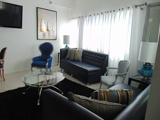 CHARMING MODERN TOWN-HOME ZONA RIO PRIME LOCATION IN TIJUANA AWESOME