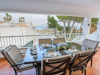 Acogedor apartamento para 6 personas con vistas al mar.