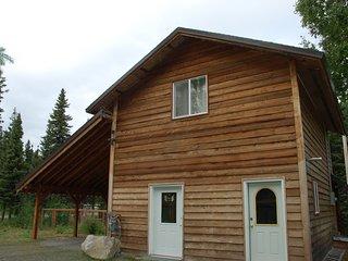 Charity Studio - Kenai River Soaring Eagle Lodge & Cabins