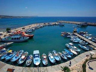 Rent A Luxury Villa on Aphrodite Hills Resort, Villa Paphos 1157