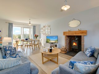 Bumblebee Cottage Filey: with fab sea views