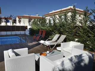 Picture Renting your 5 Star Villa Located in Protaras with Beautiful Private
