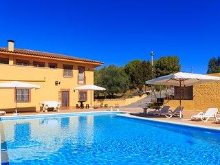 Gran casa con Piscina en plena naturaleza en el Parque Natural del Foix.