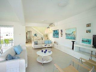 You Will Love This Luxury Villa with Balcony in Protaras, Villa Protaras 1013