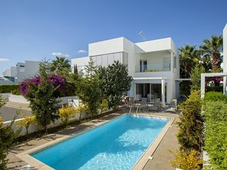5 Star Villa for Rent in Cyprus, Protaras Villa 1018