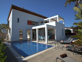 You Will Love This Luxury Villa close to the beach in Sotira, Villa Sotira 1007