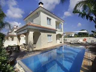 You Will Love This Luxury Villa with Balcony in Ayia Napa, Villa Ayia Napa 1003