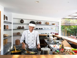 Imagine Renting Your Own 5 Star Villa in Bali, Sleeps 6, Bali Villa 1042