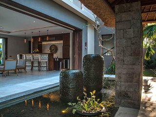 Imagine Renting Your Own 5 Star Villa in Bali, Sleeps 10, Bali Villa 1087