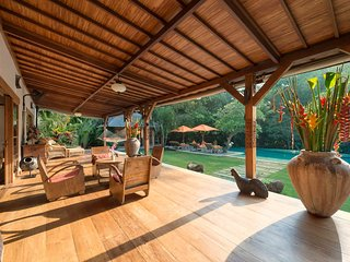 Imagine Renting Your Own 5 Star Villa in Bali, Sleeps 8, Bali Villa 1069