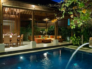 Beautiful 5 Star Villa in a Prime Location in Seminyak, Bali Villa 1114