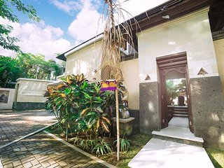 Imagine Your Family Renting This Luxury Balinese Style Villa, Bali Villa 1111
