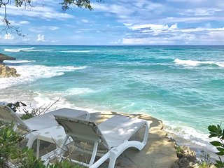 Amazing ocean views with many extras perks. Enjoy Fine caribbean living