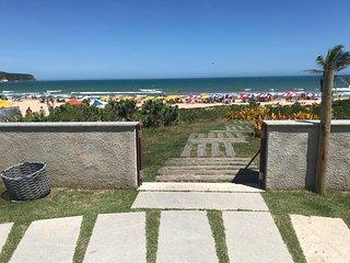 Casa em Buzios, Geribá, pé na areia, acesso privativo beachfront