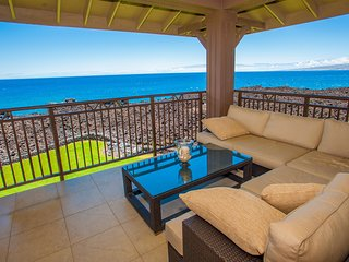 Amazing Oceanfront Villa, Ocean Spray...7th Night Free!!  Whales and Sunsets!