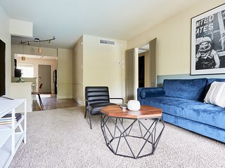 Central 2BR at The Galleria by Sonder