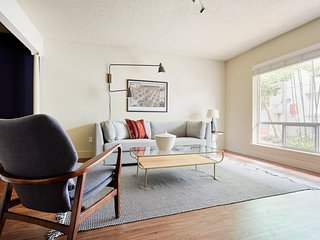 Cozy 1BR at The Galleria by Sonder