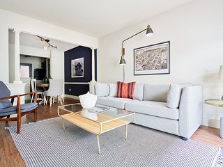Sonder | 2306 Marquee Uptown | Smart 1BR + Kitchen