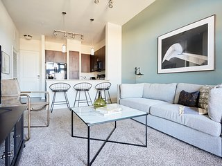 Sonder | Haven at Main | Lovely 1BR + Balcony