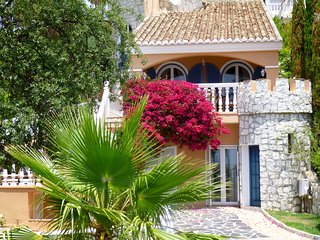Beautiful Andalusian villa with amazing sea views private heated swimming pool
