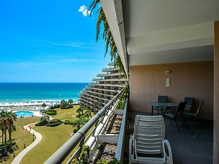 Beachfront Edgewater 2BR Condo ~ Pool, Wifi & Close to All ~ Great Gulf Views