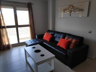 Spacious apartment close to the center of Arrecife with Lift, Parking, Internet,