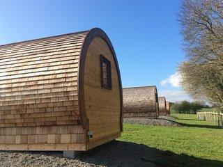 WILLOW - Glamping pod - Castle Farm Holidays Shropshire