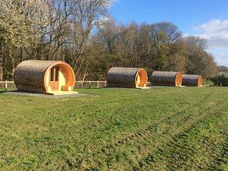 Oak - Glamping pod - Castle Farm Holidays Shropshire
