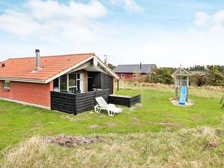 Vejers Holiday Home Sleeps 8 with WiFi - 5034466