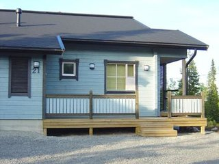 Ruka Holiday Home Sleeps 8 - 5045029