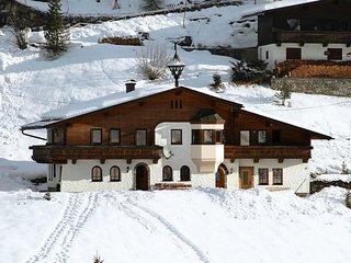 Berg-Haus (MRH764)