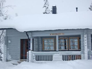 Ruka Holiday Home Sleeps 8 - 5045168