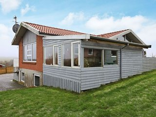 Flovtrup Holiday Home Sleeps 10 with WiFi - 5042495