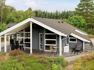 Frederikshavn Holiday Home Sleeps 10 with WiFi - 5680901