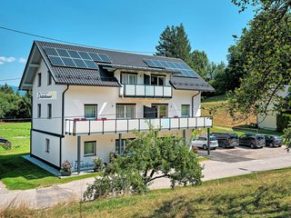 Egg am Faaker See Apartment Sleeps 6 with Air Con and Free WiFi - 5683634