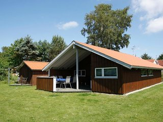 Lovns Holiday Home Sleeps 6 with WiFi - 5058527