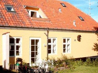 Svaneke Apartment Sleeps 5 with WiFi - 5041159