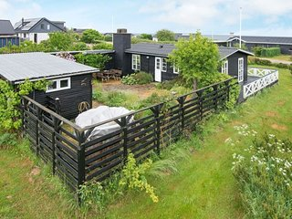 Rygarde Holiday Home Sleeps 4 - 5647820