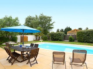 Plage-des-Demoiselles Holiday Home Sleeps 4 with Pool and WiFi - 5654620