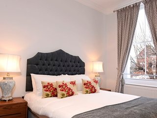 Eastbourne Apartment Sleeps 3 with WiFi - 5686794