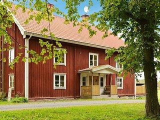 Knivlosa Holiday Home Sleeps 12 with Pool and WiFi - 5059347