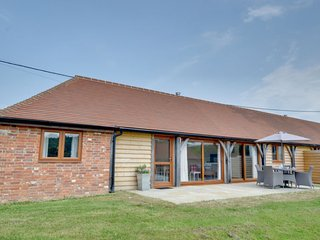 Winchelsea Holiday Home Sleeps 4 with WiFi - 5579028