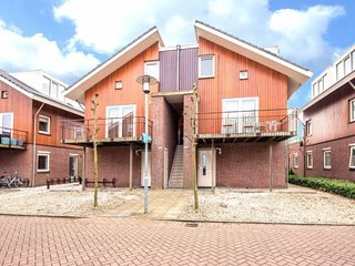 Uitgeest Holiday Home Sleeps 6 with WiFi - 5623146