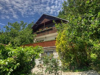 Bled Holiday Home Sleeps 8 with WiFi - 5224042