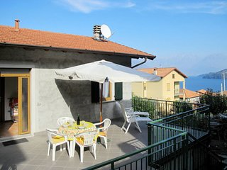 1 bedroom Villa with WiFi and Walk to Beach & Shops - 5651469