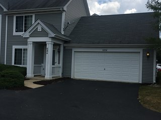 Awesome Furnished Townhouse in Great Neighborhood