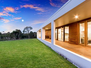 Greens Beach Solar home-hosted by:L'Abode Accommodation