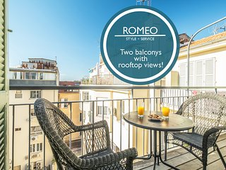 Romeo - Superb Views over the Rooftops!!