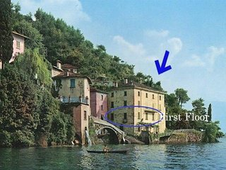 18th century Waterfront Palazzo directly at Comolake with garden