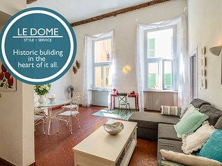 Le Dome - Fabulous central location in the heart of the Old Town